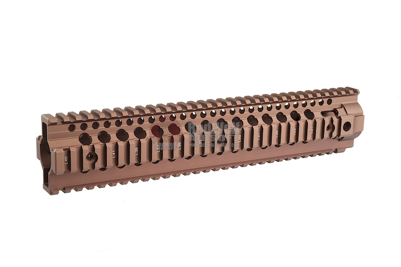 Madbull Daniel Defense Licensed OmegaX Rail 12inch (Tan)